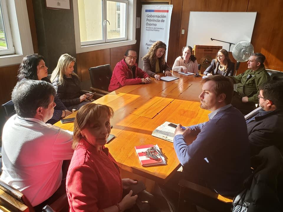 Reunión de seguridad junto al gobernador de la provincia de Osorno